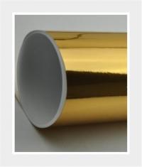 Sticker auf glänzender Goldfolie